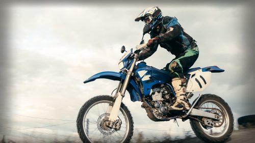castrol_2cycle_motorcycle_engine_oil.jpg.img.500.medium